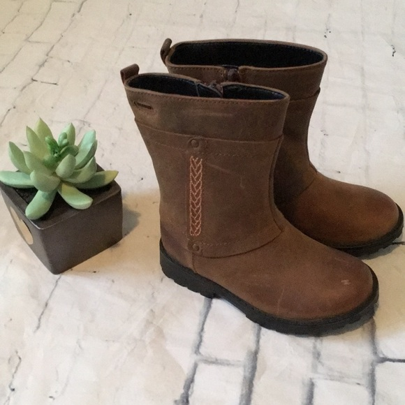 Clarks Other - Baby/Toddler Girl Leather Gortex Boots NWOT